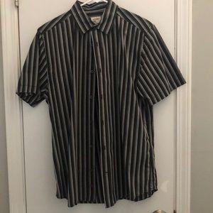 🏵Men's Old Navy short sleeved shirt, medium